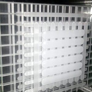 Square-lines-grey-geometricarte-25x25